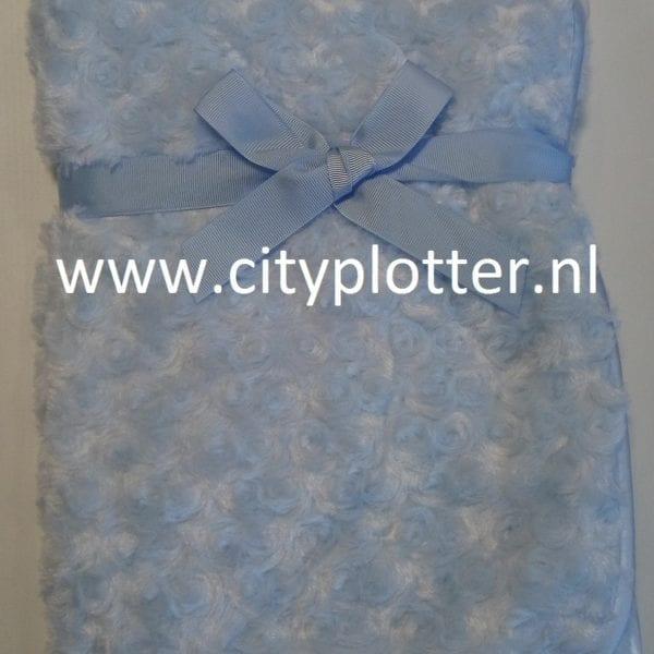 dekentje blauw rozenmotief