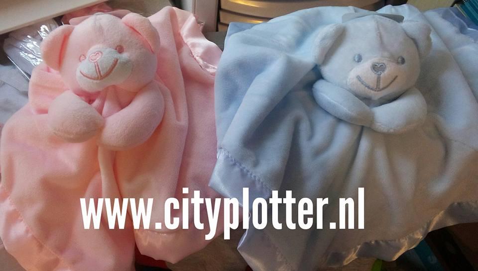 knuffel beer roze of blauw cityplotter zaandam
