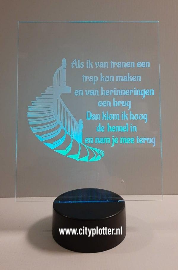 led groot plexiglas blauw doorzichtig tranen een brug cityplotter