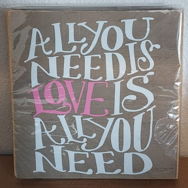 steigerhout all you need is lover